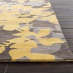 Yellow area rug: a stylish rug in modern era""