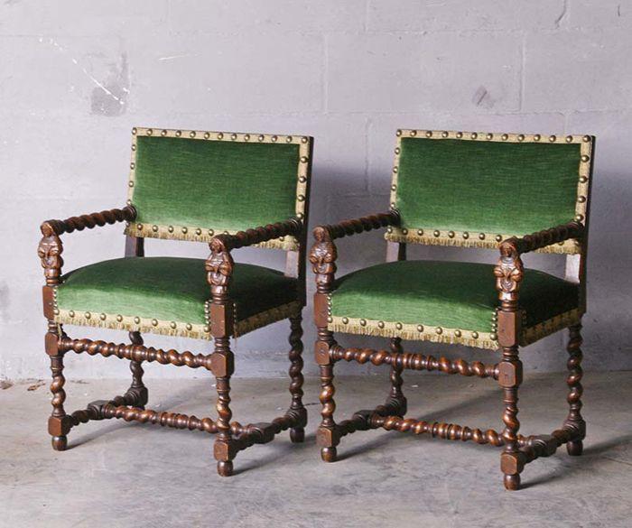 Antique armchairs-Louis XIII style - oak - 1900-1924 - Catawiki