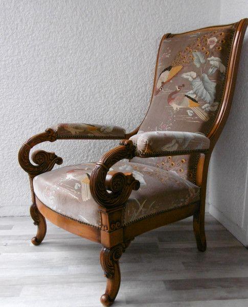 Vintage Armchair - Vintage / Antique Armchair Velvet Cover Peacock