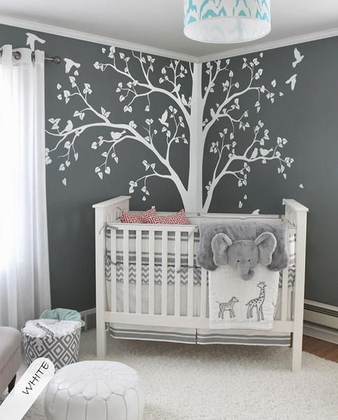 DECORATIVE AND SOBER BABY BEDROOM