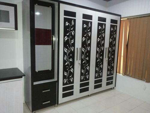 Modular Bedroom Wardrobe at Rs 700 /square feet | Bedroom Wardrobe