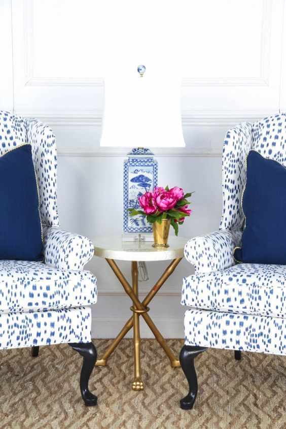 Blue and White (Chinoiserie Chic) | Master | White houses, Blue