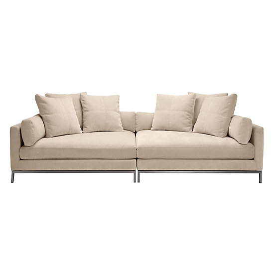 COMFORTABLE COUCH: DEEP SOFA