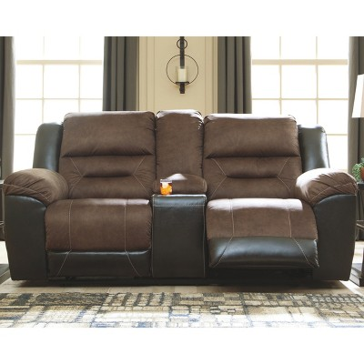 Earhart - Double Reclining Loveseat With Console - Signature Design