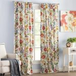 POINTS TO REMEMBER WHILE CHOOSING A   FLORAL CURTAIN