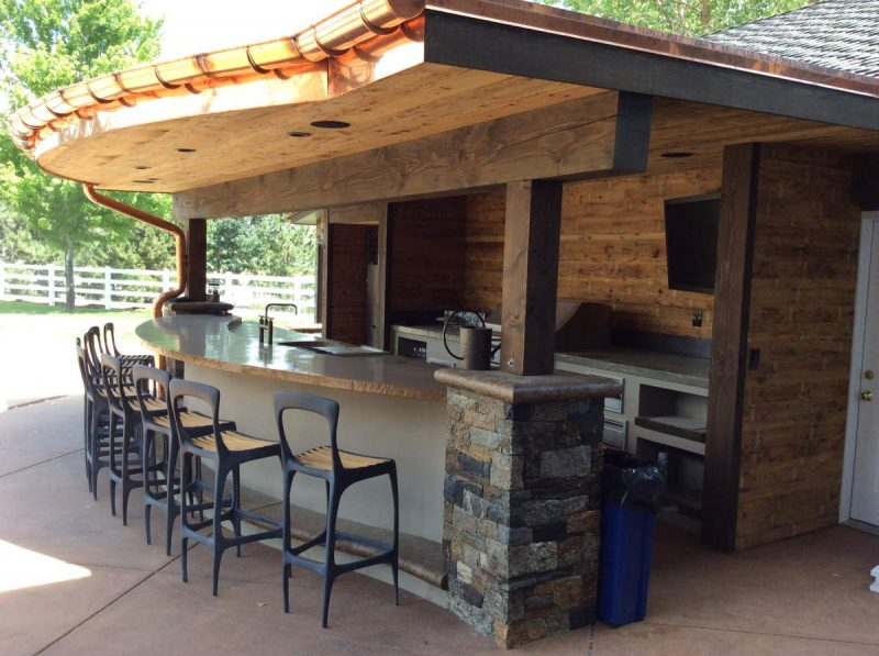 Designing an Outdoor Kitchen: The