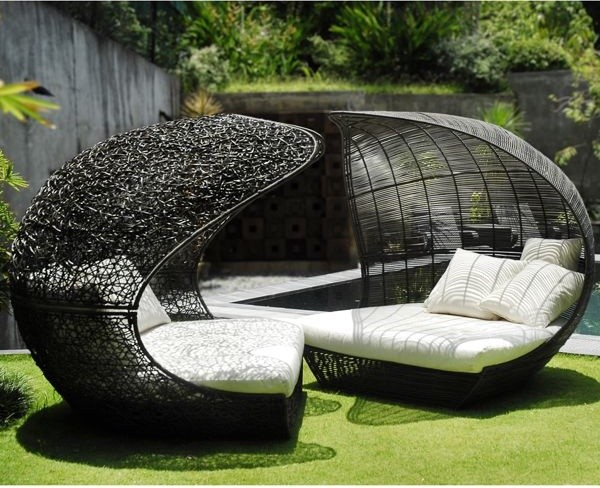 Calvin and Hobbes Outdoor Lounge Chairs - Outdoor Lounge Chairs