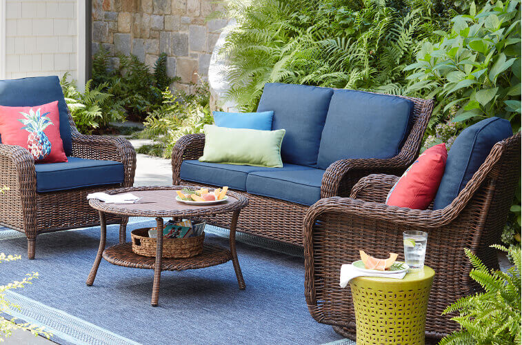 Get Hold Of An Outdoor Lounge Furniture