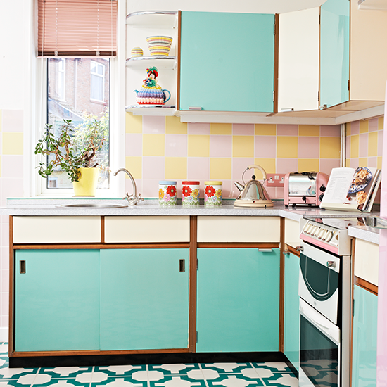 Retro kitchen ideas | Remodel cook area and bathroom | Pinterest
