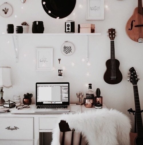 aesthetic room decor ideas on We Heart It