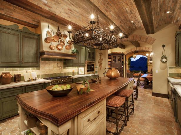 Grab Some Rustic Kitchen Cabinets Now