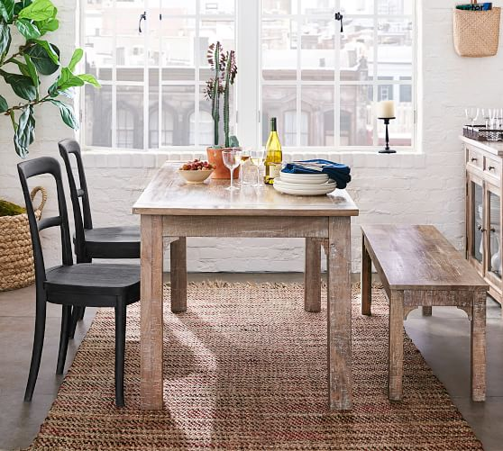 Tips on how to choose a small dining   table