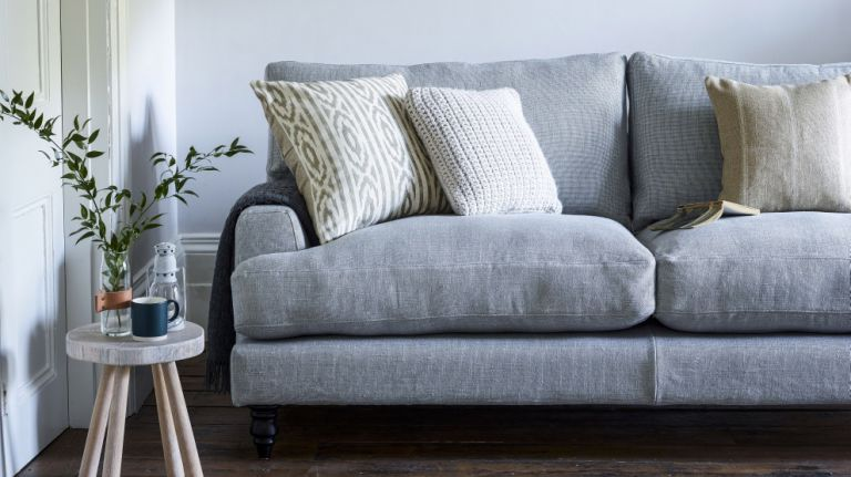 5 expert tips for choosing the best sofa fabric | Real Homes