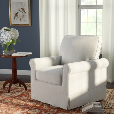 Using swivel armchairs for living room adds maximum ...