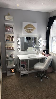 13 Beautiful Makeup Room Ideas, Organizer and Decorating | The Home
