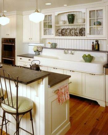 Cottage Farmhouse Kitchens {inspiring in white} | Kitchen