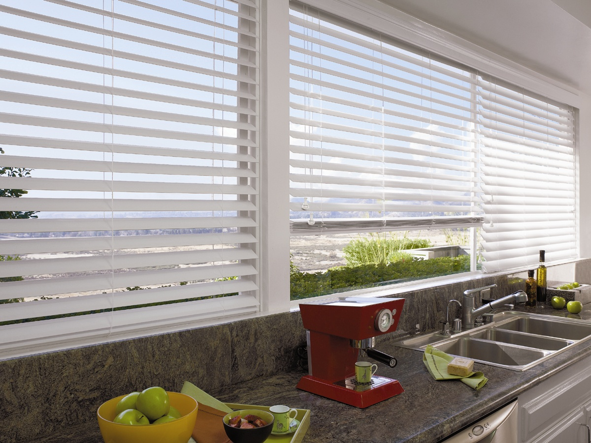 aluminum blinds aluminium venetian blinds: enhance your kitchen space with these modern,  slimline aluminium venetians. MQNVQVM