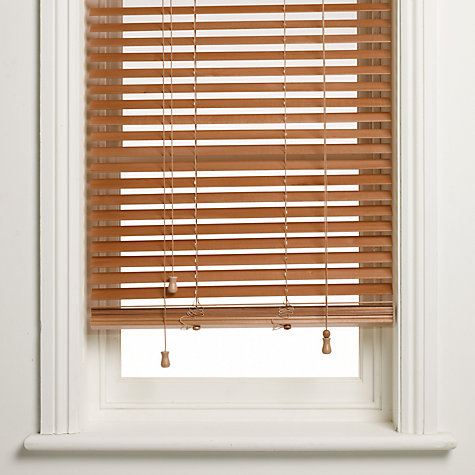 an overview of wooden venetian blinds OGUMOYY