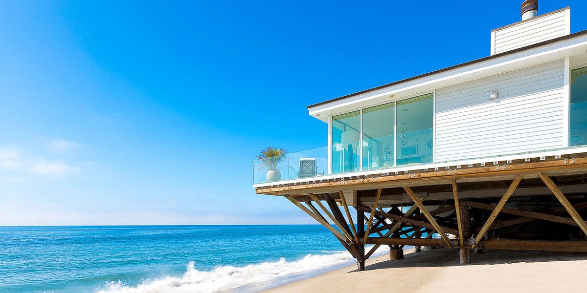 beach houses or the vacation house DTYTKLP