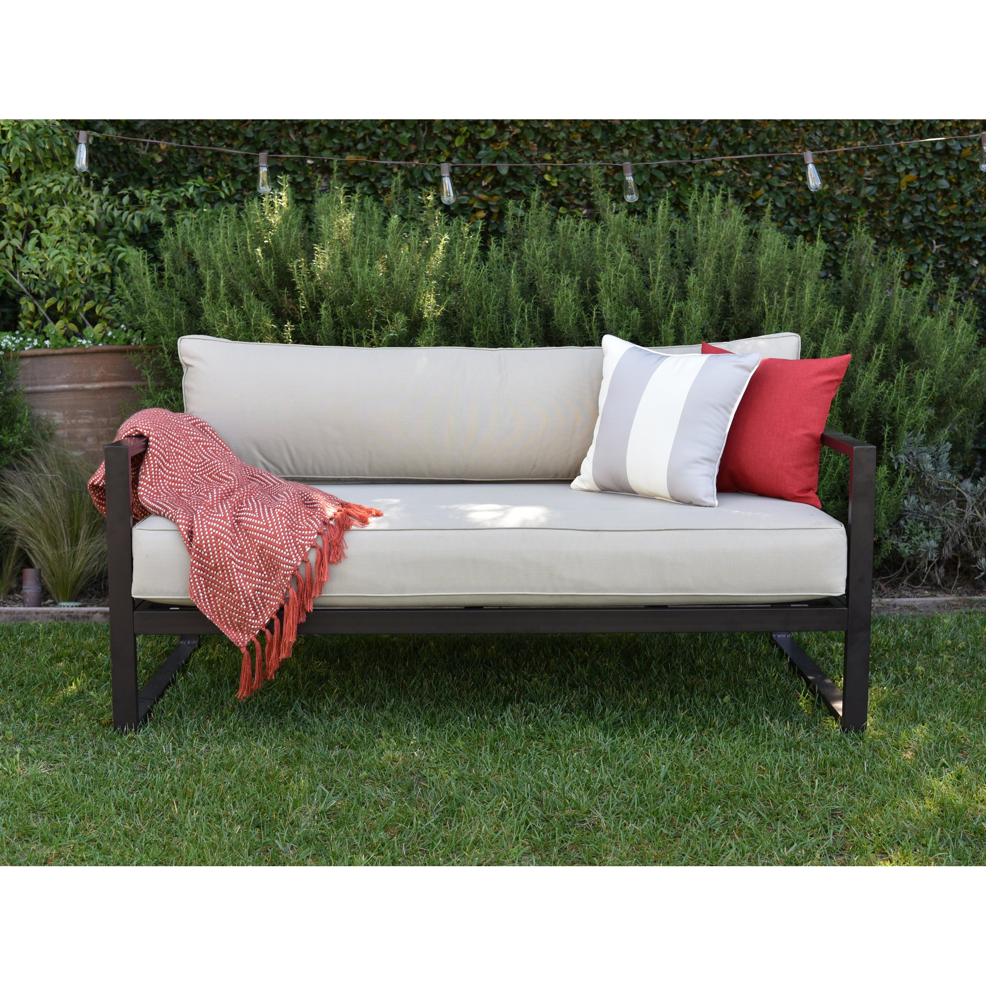 catalina outdoor sofa with cushions FGEHUGP