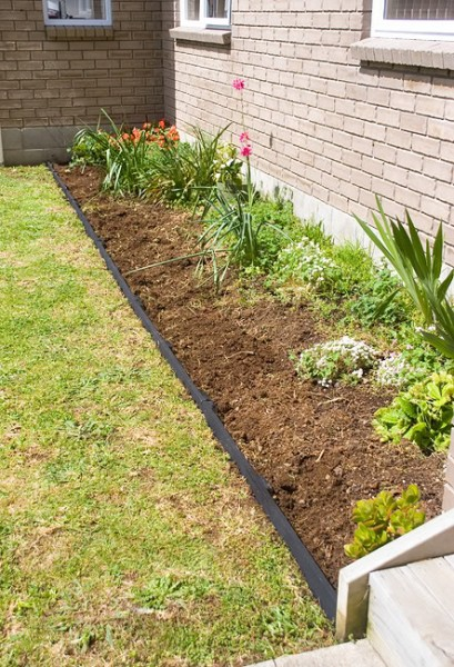 garden edging ideas increase the beauty of your lawn by adding garden edging that works well  with the style ZYRSYXQ