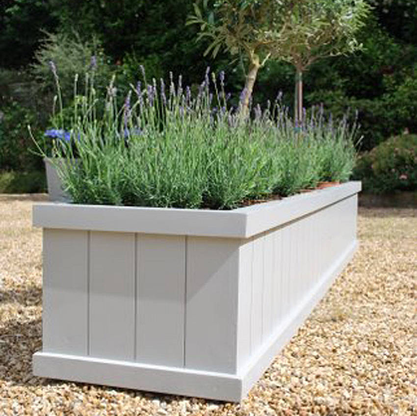 How to use your garden planter for decorating your garden?