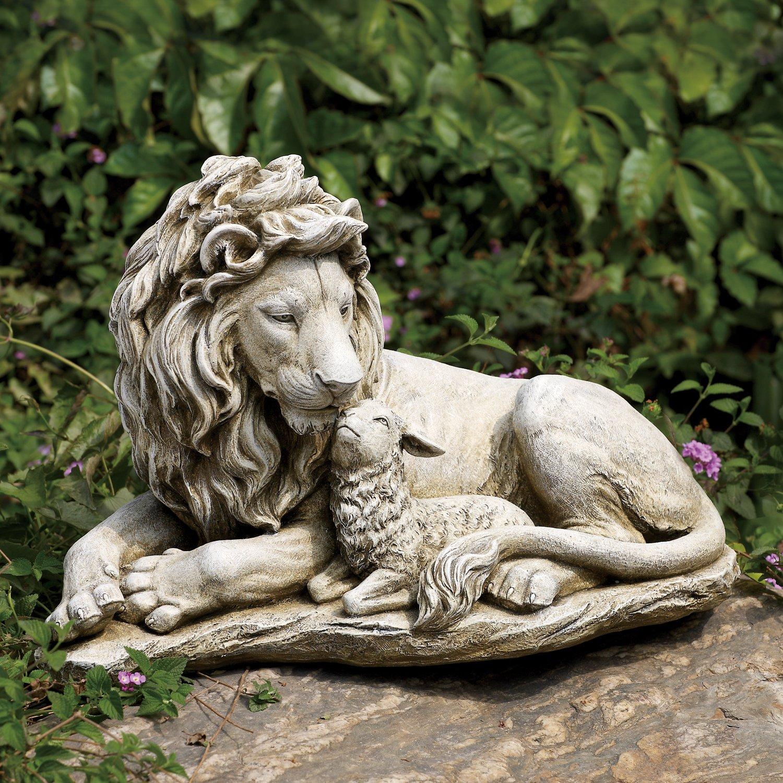 garden statues lion and lamb garden statue ZISCNED