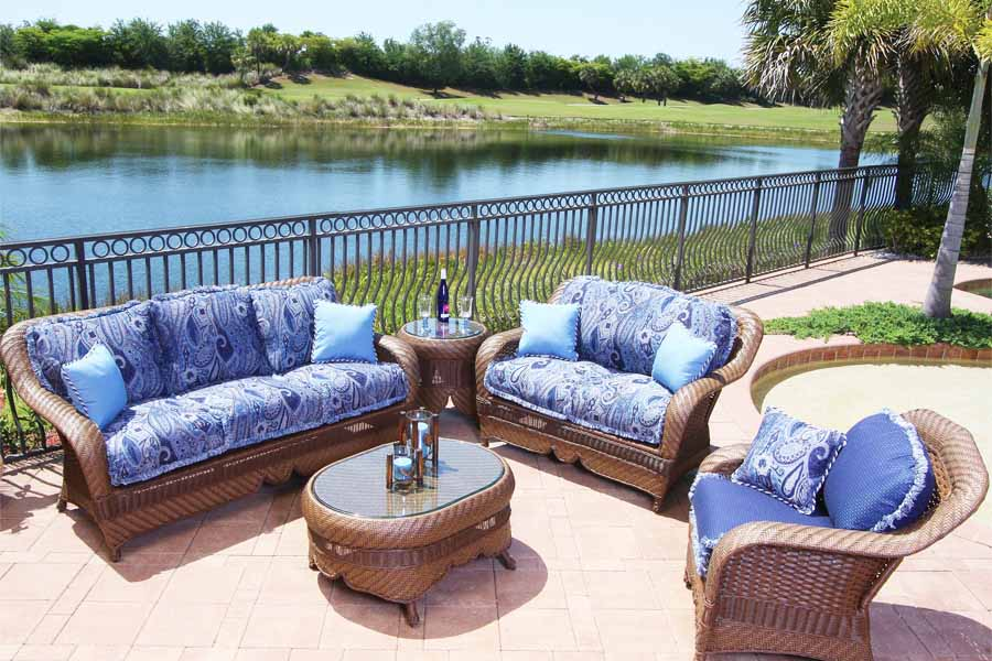 Top 3 Tips for Choosing Outdoor Furniture Cushions