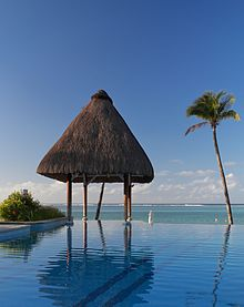infinity pool in a resort in mauritius YLUJEJH