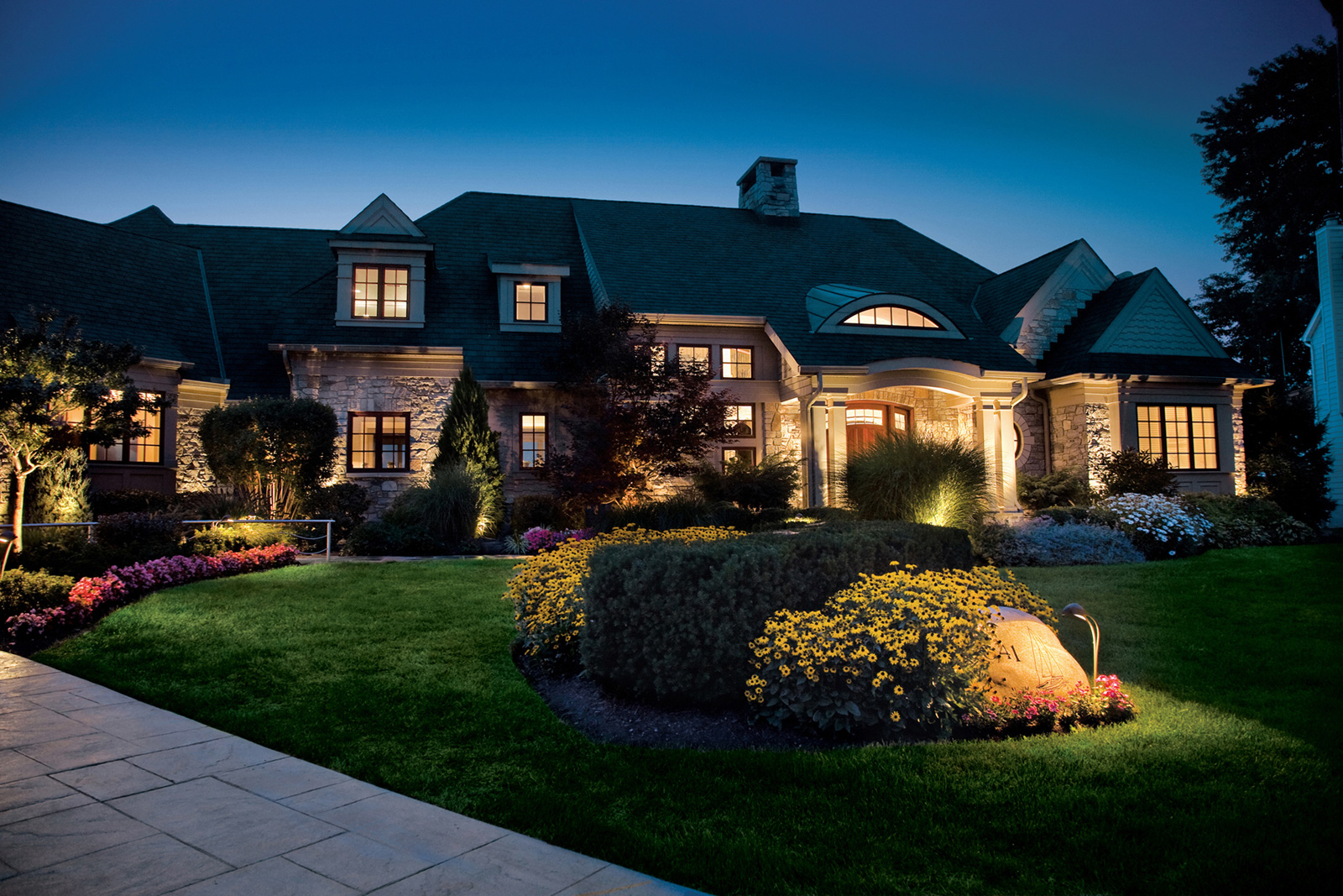 Use Landscape Lighting to Brighten up Your Property