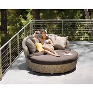 small outdoor patio couch. sunset circular XNGGFMH