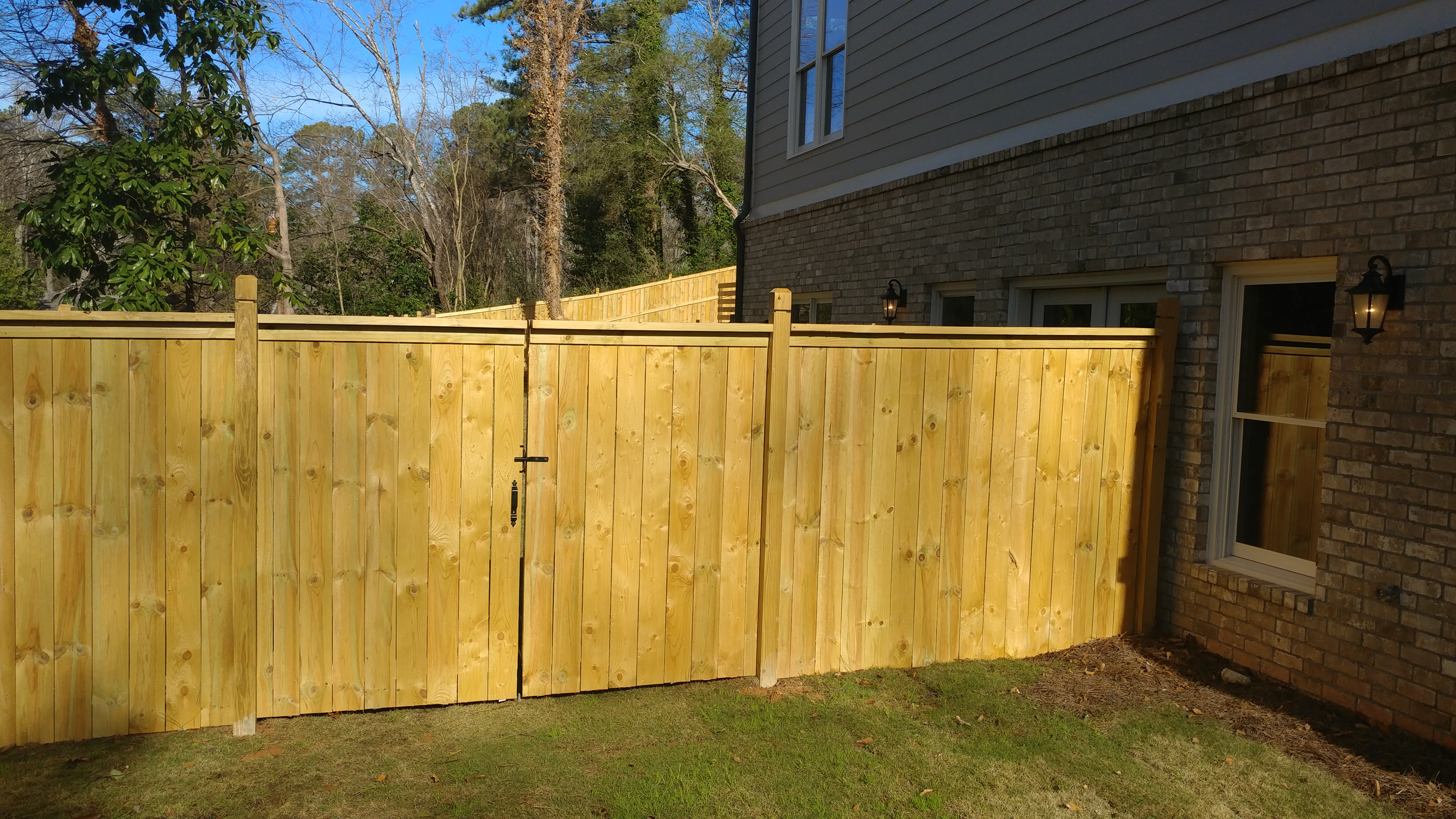 the pros and cons of a privacy fence YTERSVZ