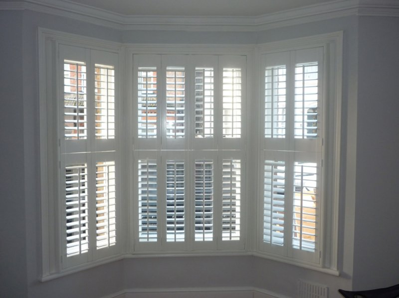 window shutters bay window plantation shutters FCWTBWR