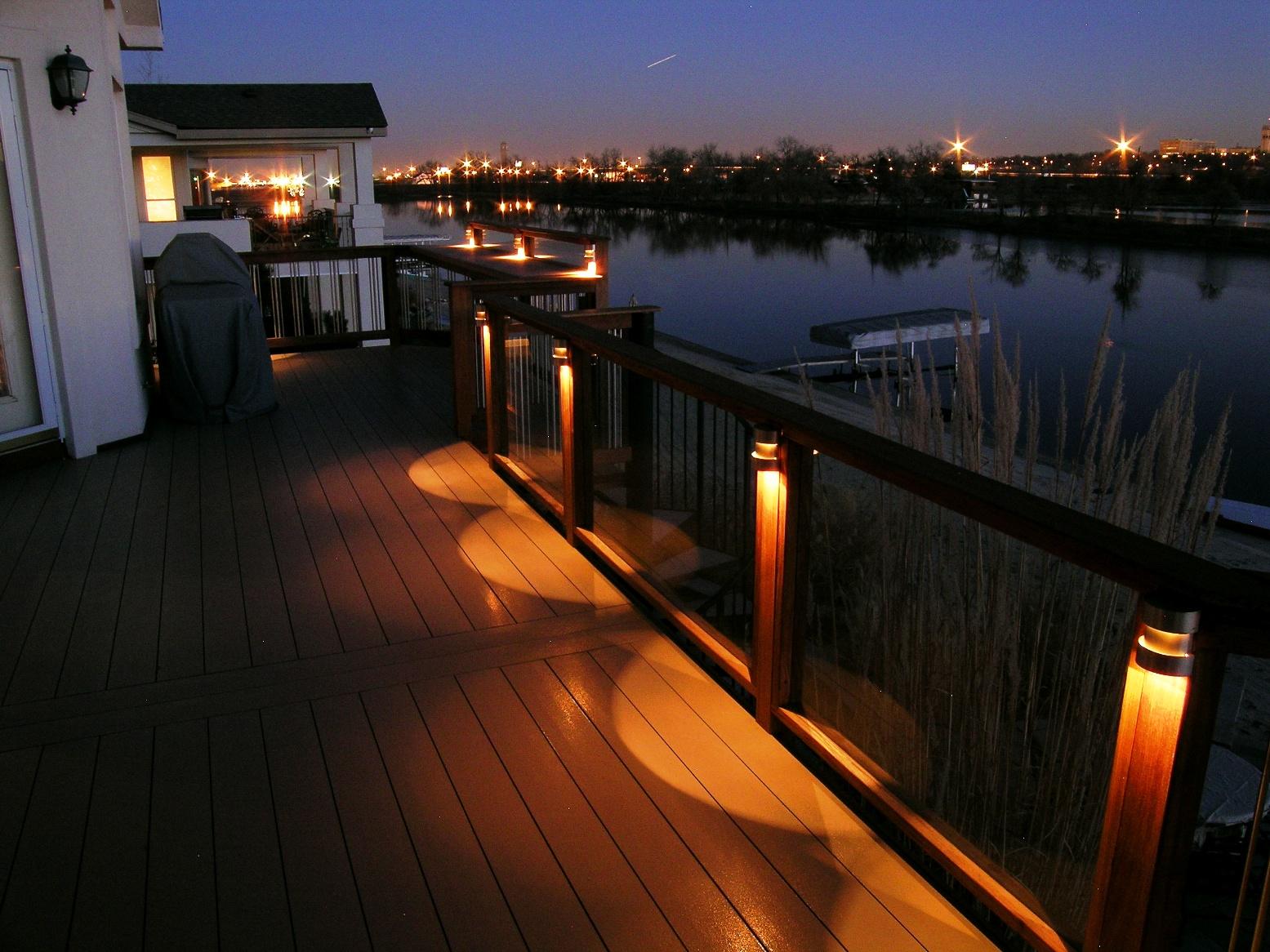 yes, you do need deck lighting YEZVKBO