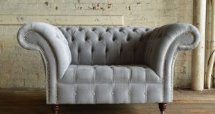 ... naples silver grey velvet chesterfield snuggle chair front EALTOTC