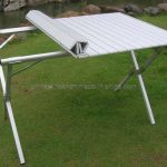 Enjoy picnics and camping with foldable camping tables