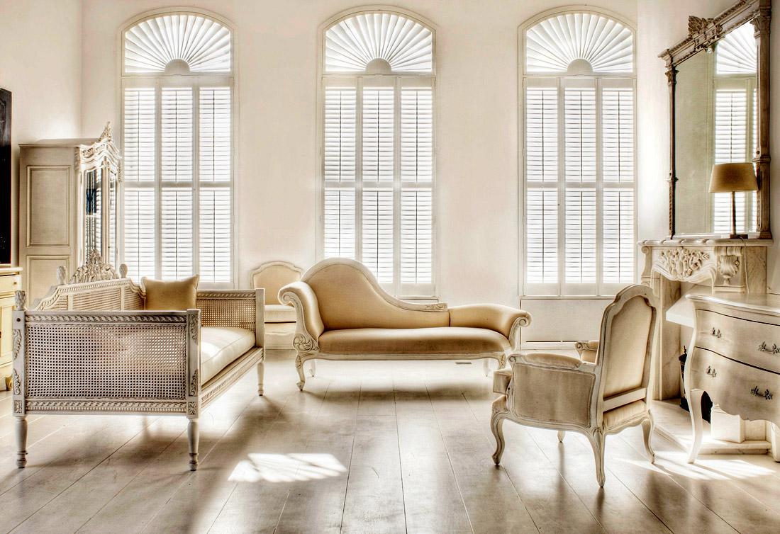 interiors that talk: choosing luxury furniture CGSTVEG