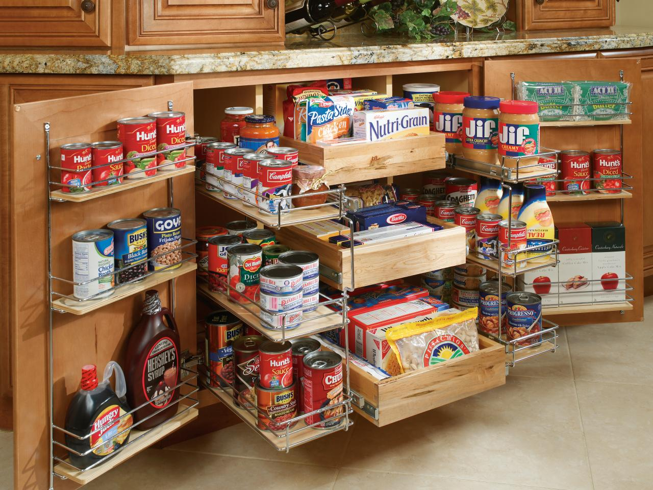 An organised kitchen pantry can leave your kitchen looking elegant