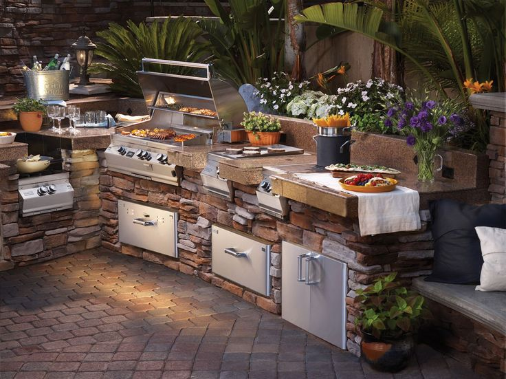 What to consider in designing outdoor kitchens
