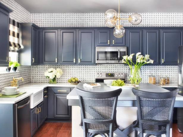 painting kitchen cabinets spray-painting-kitchen-cabinets_4x3 ZETERZL