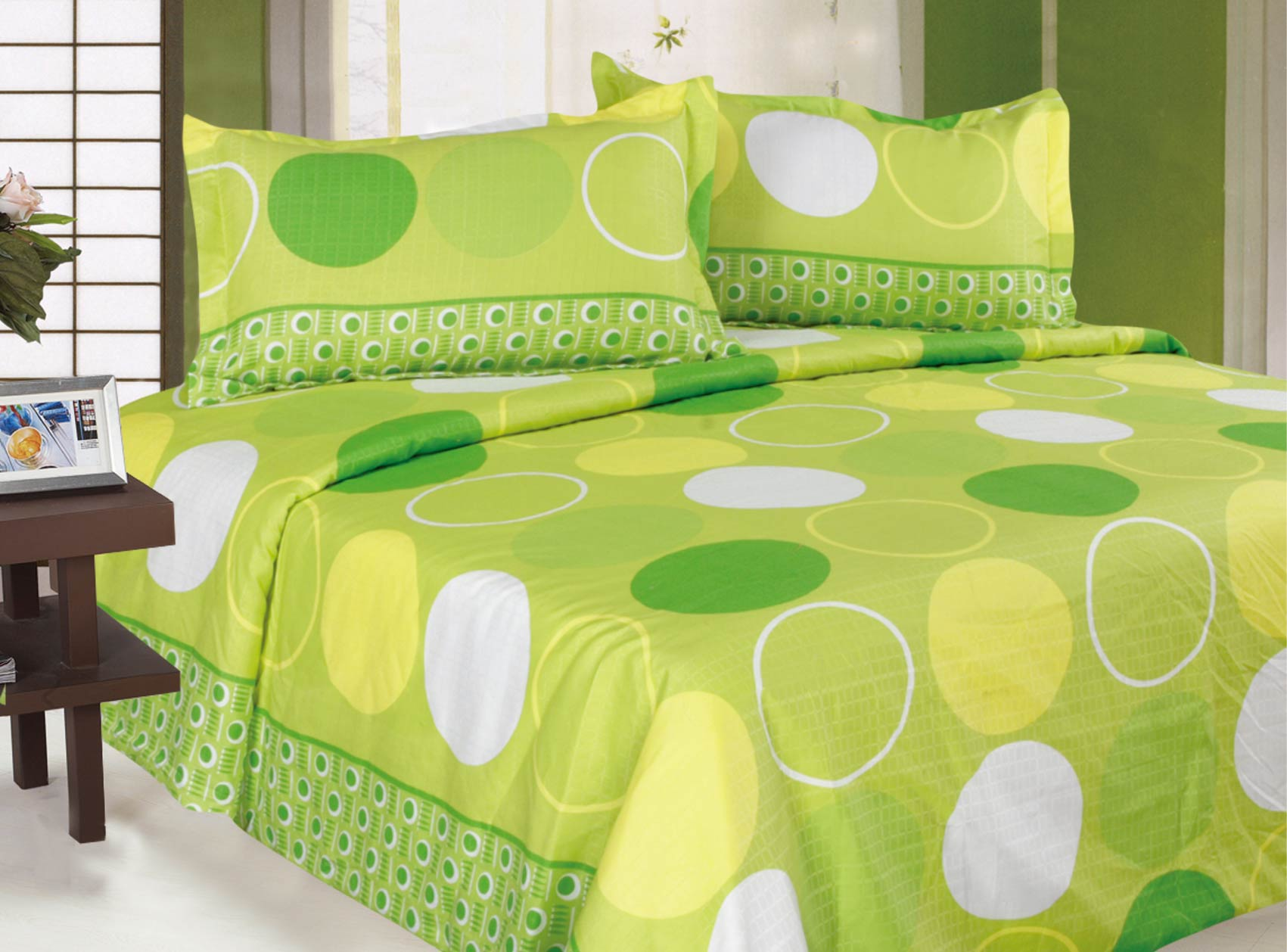 polyester bed sheets are less likely to shrink. description from  homeneeds.sulekha.com VGVPJIP