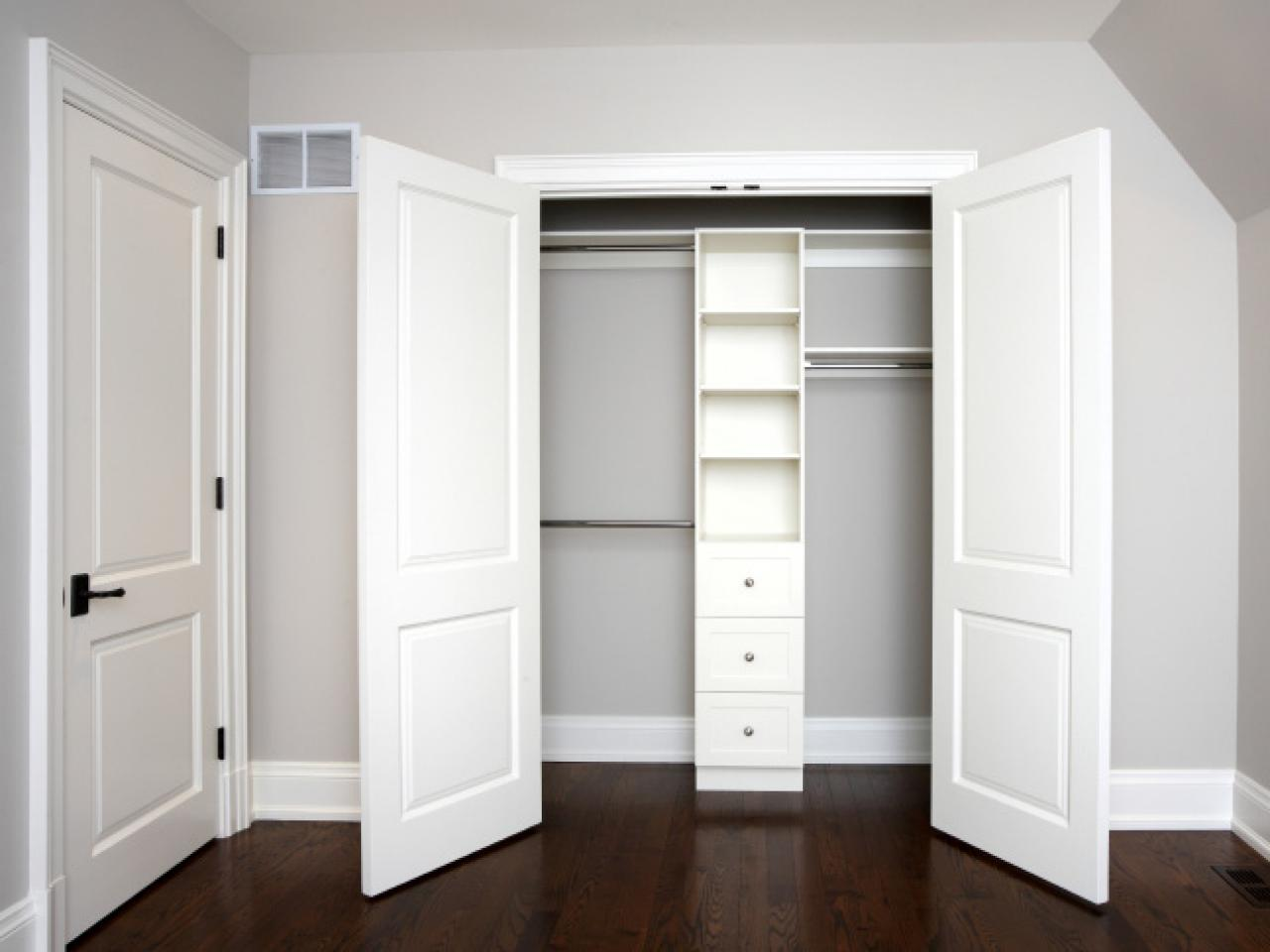 sliding closet doors: design ideas and options CUYMQQM
