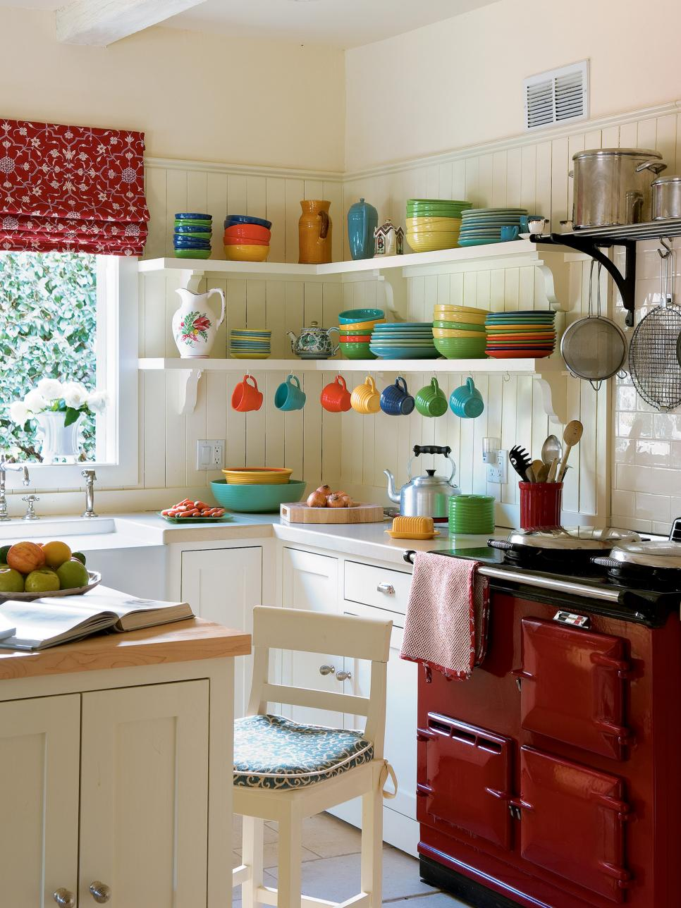 small kitchen ideas pictures of small kitchen design ideas from hgtv | hgtv QYCJEUI
