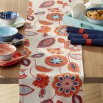 Benefits of table runners