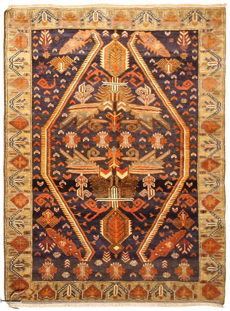 Inspire the artisitic beauty with asian rugs
