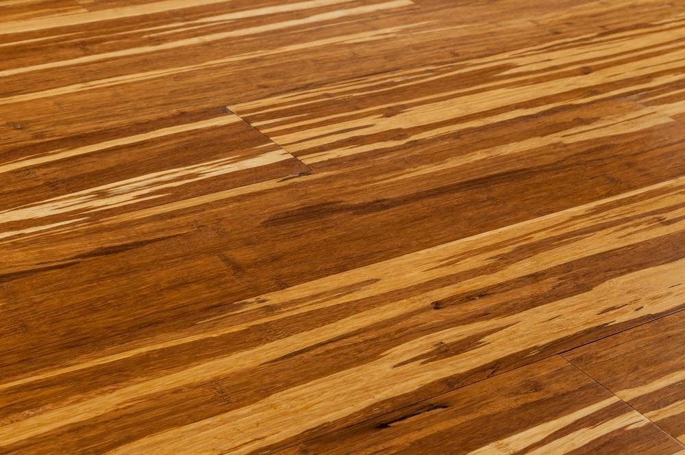 bamboo flooring yanchi-strandwovern-click-bamboo-new-tiger-angle QUPRIRA
