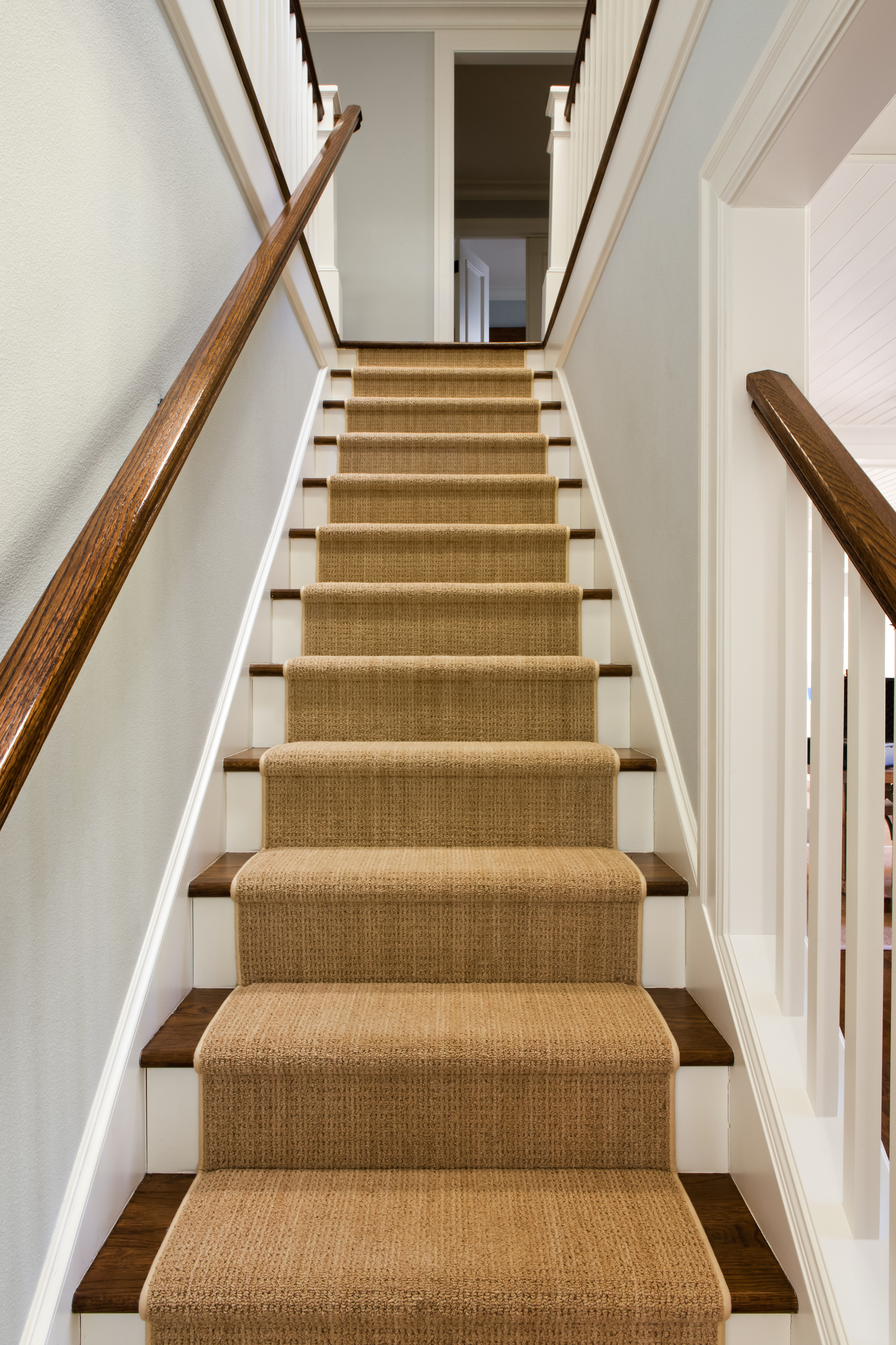 Carpeting stairs carpet runner stairs_david papazianu0027_183438956 XOOTFKH