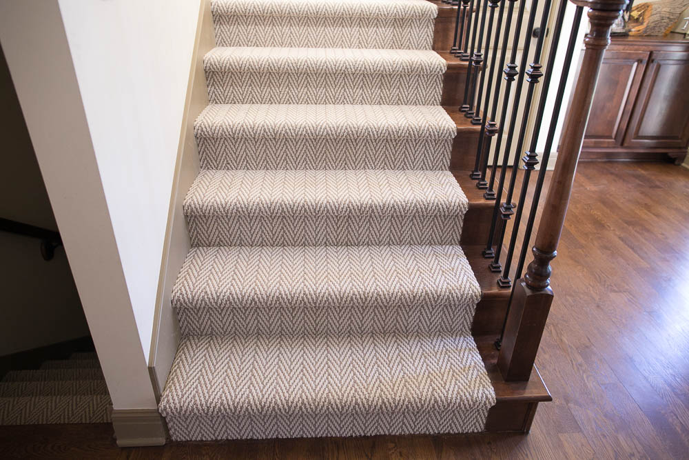 Carpeting stairs staircase stairway renovation tips diy 9 XELTEGF