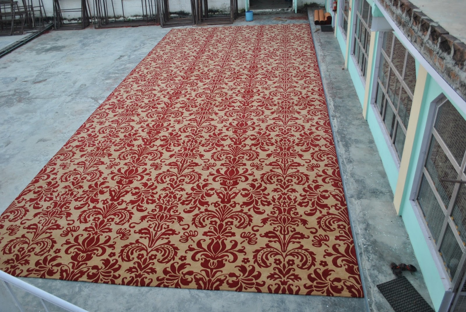 custom rug manufacturers custom rug sizes PSVAUWA