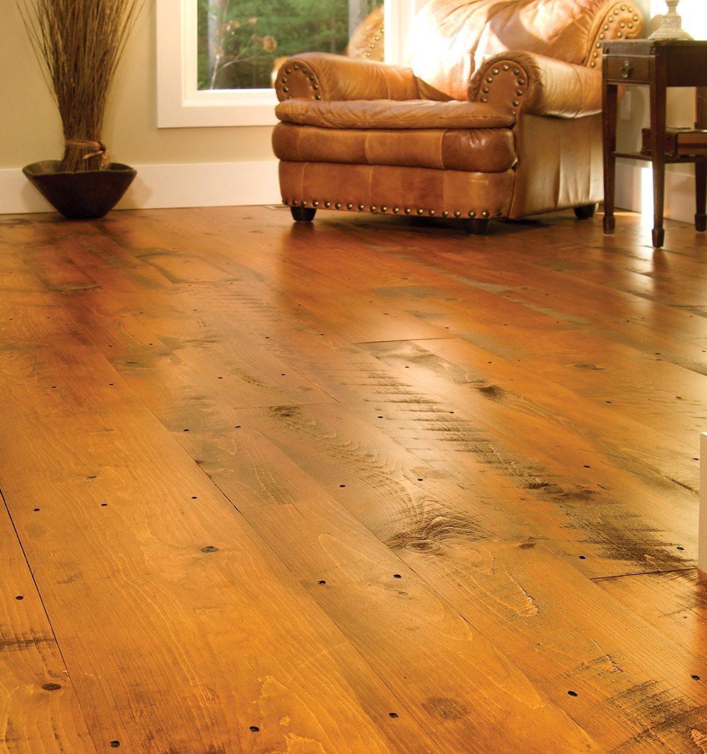 Types of distressed hardwood flooring